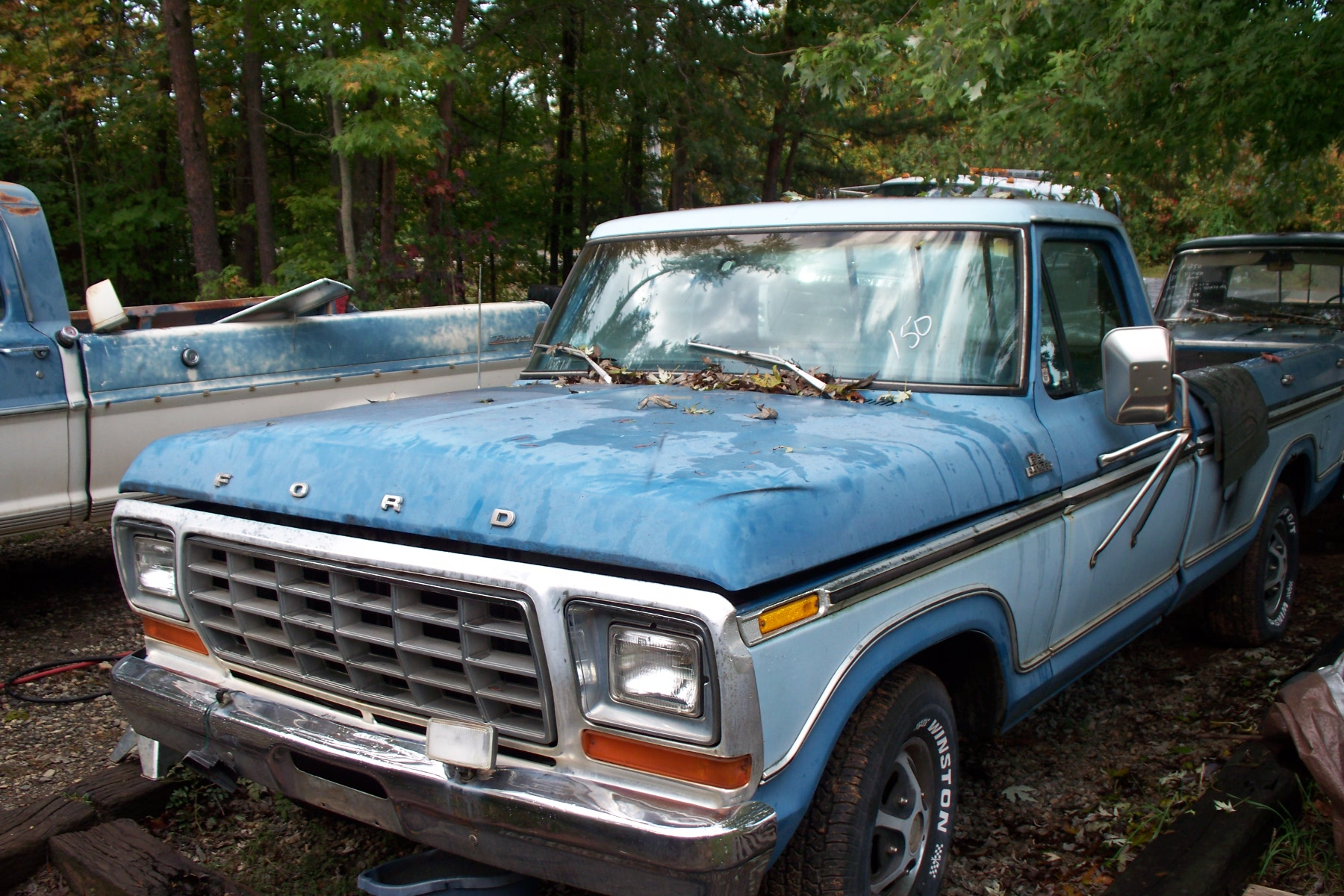 1977 f 150 automatic p s 302 sheet metal is fair in places