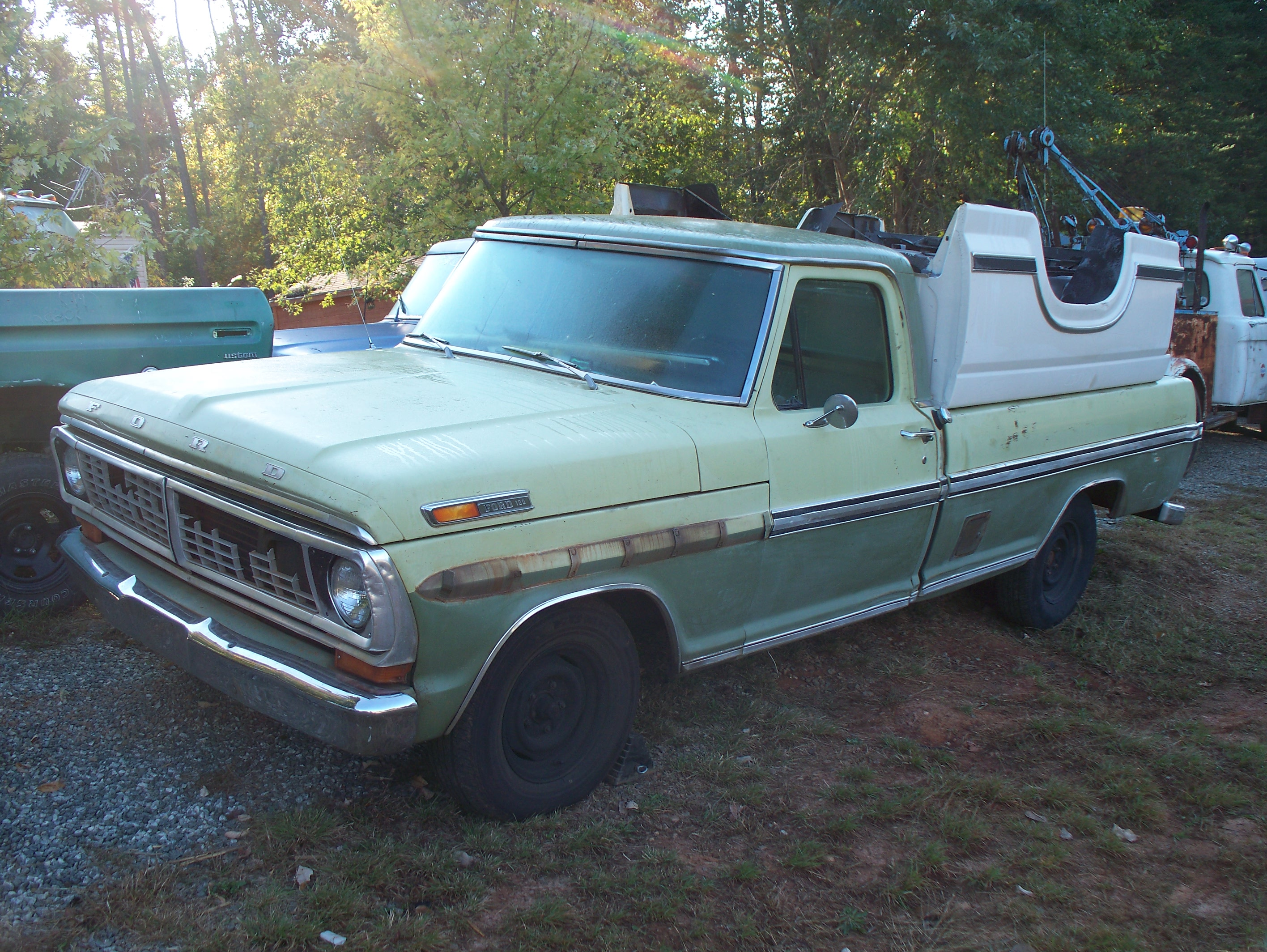 1970 Long Bed, 390 P/S with clean AZ Sheet Metal,, and That is a very clean  Short Bed for a 83/86 truck as well